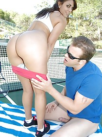 Latina with a big booty gets brutally fucked on a tennis court